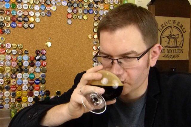 """""""Cześć, tutaj Tomek Kopyra z blogu blog.kopyra.com"""" – to przywitanie stało sięznakiem rozpoznawczym Tomka Kopyry, autora największego na świecie bloga o piwie"""