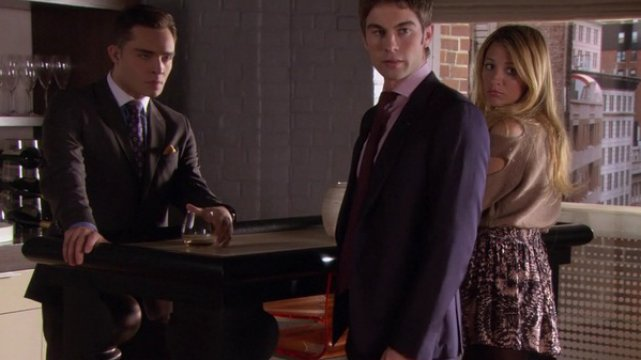 Chuck (Ed Westwick), Nate (Chace Crawford) i Serena ( Blake Lively)