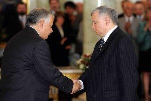 Braterska relacja Lecha i Jarosława Kaczyńskich była destrukcyjna dla ich polityki – pisze Robert Krasowski.