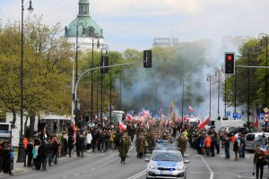 """Podczas pogrzebu """"Łupaszki"""" zaatakowano ekipę TVN."""