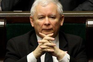 Jarosław Kaczyński zdaniem Hedgesa rządzi Polską jakby była jego prywatnym lennem.