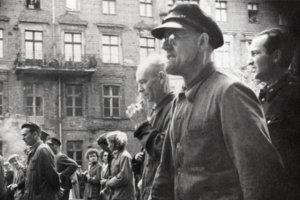 Robotnicy na ulicach Poznania, 28 VI 1956.