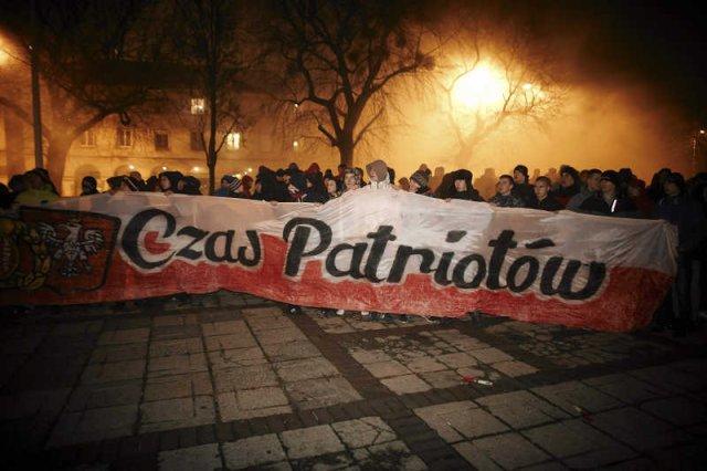 Narodowcy chcą wykorzystać niepokoje na Ukrainie, by dokonać rozbioru tego państwa.