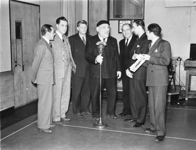 Maurice Tillet w trakcie wywiadu dla radia C.H.L.P.