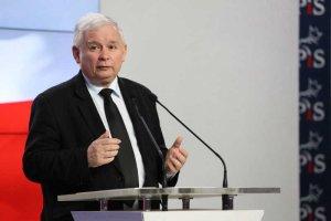 Jarosław Kaczyński nie wyciągnął wniosków z Czarnego Protestu – chce zaostrzenia ustawy aborcyjnej.