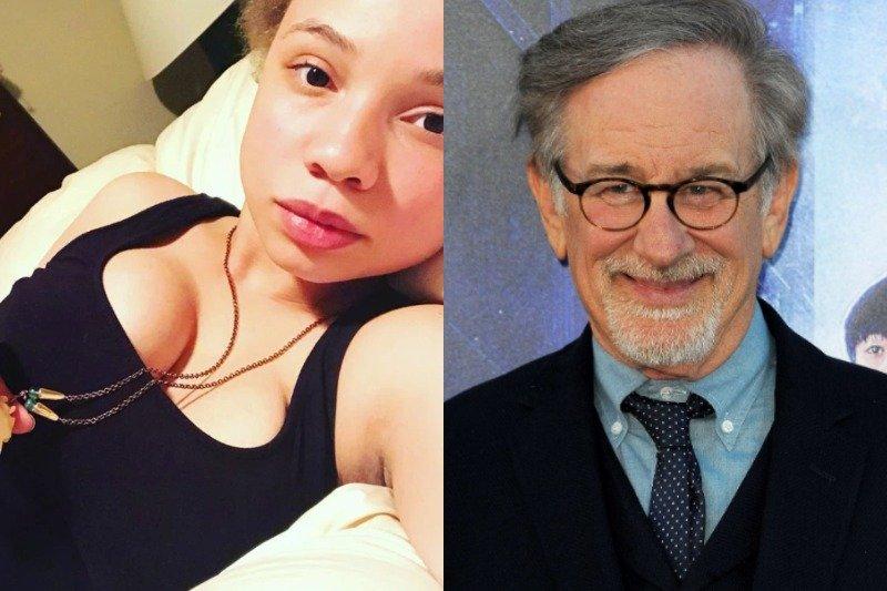 Mikaela Spielberg jest gwiazdą porno. Wywiad córki Stevena Spielberga | naTemat.pl