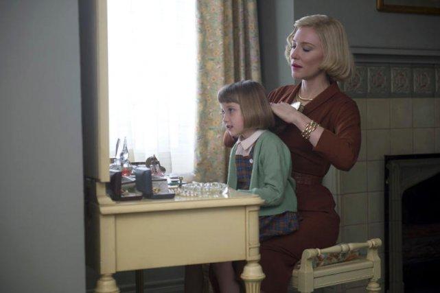 Carol nie chce stracić córki, ale musi zdecydować się na kompromis, aby utrzymać z nią kontakt.