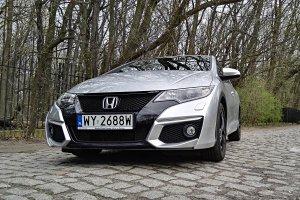 Honda Civic to mimo zmian nadal samochód z odważnym wyglądem.