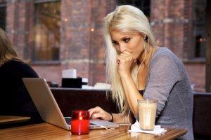 Czas spędzony w internecie warto wykorzystać nie tylko na przeglądaniu skrzynki pocztowej czy postowaniu na Facebooku. W sieci jest całe multum narzędzi rozwijających nasze kompetencje