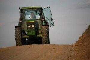 Bruksela skarży Polskę za biopaliwa