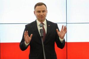 Andrzej Duda nadal ma więcej zwolenników niż przeciwników.