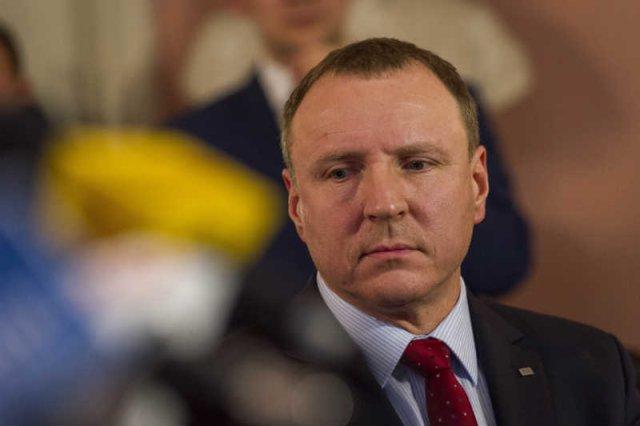 Jacek Kurski jest piątąkolumną w TVP, jak twierdząnajbardziej twardogłowi zwolennicy PiS?