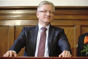 Prezydent Poznania Jacek Jaśkowiak napisał do szefa MON Antoniego Macierewicza.