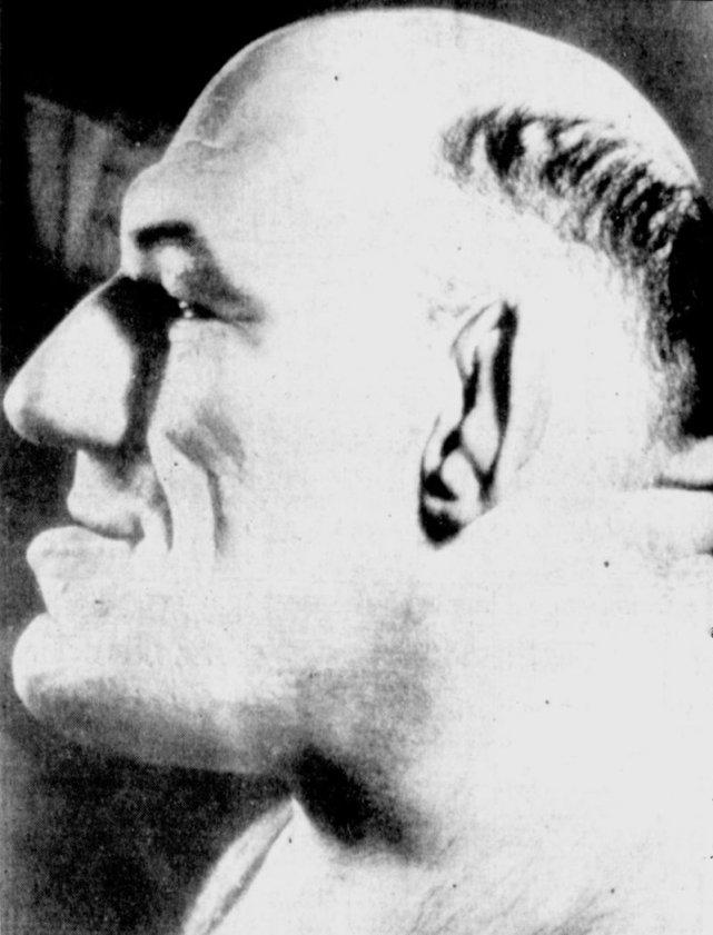 Z odlewu głowy Maurice'a wykonano kilka masek.