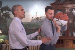 Obama uczy gwiazdę NBA grać w kosza.
