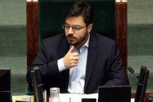 Stanisław Tyszka nie jest już szefem Zespołu ds. pomocy socjalnej – wszystkie partie zawiązały koalicję, by usunąć go ze stanowiska.