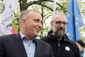 Dlaczego Grzegorz Schetyna zdecydował zdystansować się od KOD i Mateusza Kijowskiego?
