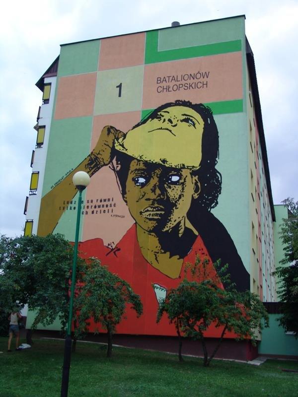 Mural streetart sztuka bialystok za ka dym for Mural bialystok dziewczynka z konewka