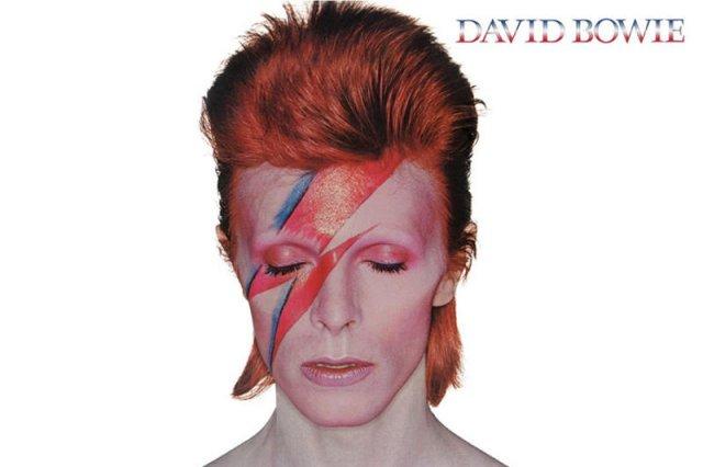 Ten wizerunek Bowiego jest najczęściej powielany przez artystów i fanów.