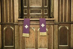 Wyposażenie kościoła trafi na licytację