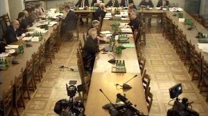 Rozpoczęły się obrady nadzwyczajnej komisji.
