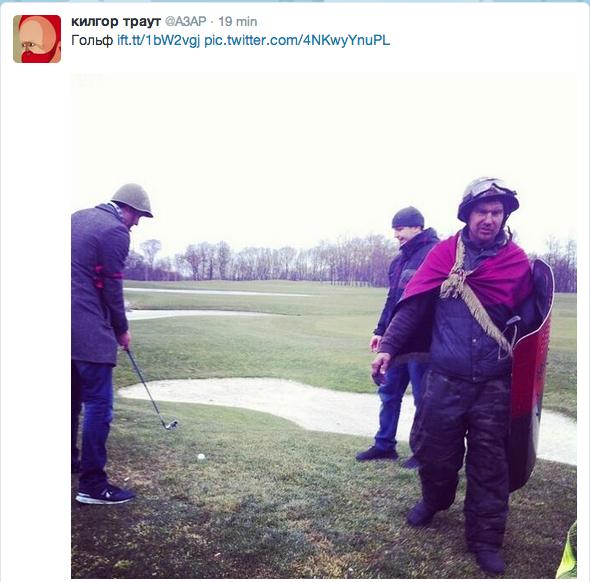 Rewolucja na polu golfowym. Aktywiści w pełnym rynsztunku korzystają z uciech, jakie zostawił im prezydent