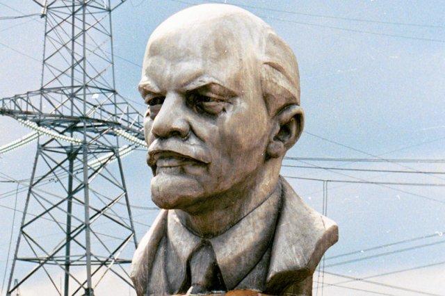 Reklama Heyah z Włodzimierzem Leninem wzbudziła sporo kontrowersji. Ostatecznie zdecydowano o jej wstrzymaniu.