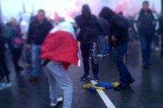 Podczas Marszu Niepodległości miało dojść do zniszczenia flagi Ukrainy.