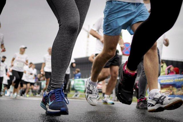 Aktywność fizyczna może uchronić nas przed problemami z kręgosłupem.