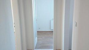 zdjęcia mieszkania 60m2, 3-pokoje, parter, po remoncie, cena około 25.000-30.000€ lokalizacja Luckow-Petershagen około 15 km od granicy.