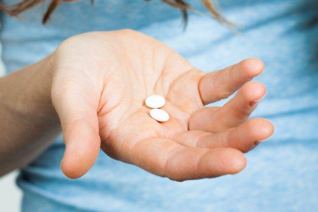 Paracetamol występuje w wielu lekach, o różnych nazwach handlowych.
