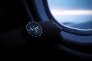 W którą stronę może rozwinąć się technologia napędzająca smartwatche? Być może w przyszłości ekran będzie wyświetlany na naszej... dłoni