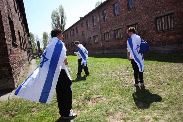 Młodzi Żydzi w Oświęcimiu