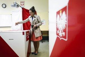 Trwa druga tura wyborów. Polacy decydują o wyborze prezydenta