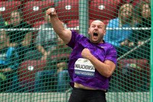 Piotr Małachowski oddał na licytację srebrny medal, aby pomóc chłopcu. Zebrano potrzebną kwotę. I pisze nie o swoim, ale wspólnym sukcesie!