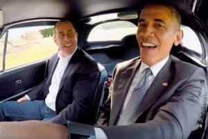 Barack Obama i Jerry Seinfeld w Chevrolecie Corvette z 1963 roku.