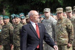 Minister obrony narodowej Antoni Macierewicz planuje wielkie zakupy sprzętu dla Wojska Polskiego.