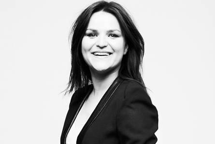 Najpierw pisała bloga, dziś jest właścicielką i wydawcą portalu zaradna-mama.pl