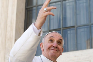 Papież Franciszek od marca jest użytkownikiem Instagrama, udziela się też na Twitterze.