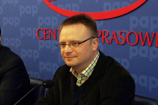 Dlaczego publicysta Łukasz Warzecha niesłusznie oskarża ofiarę brutalnego gwałtu Elin Krantz?