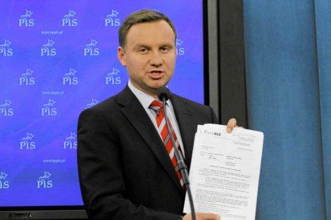 """Andrzej Duda stoi za dwoma wnioskami do Trybunału Konstytucyjnego, które pomagały Grzegorzowi Biereckiemu - pisze """"Newsweek""""."""