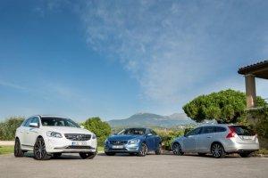 Volvo testuje usługę paczkomatu w samochodzie.