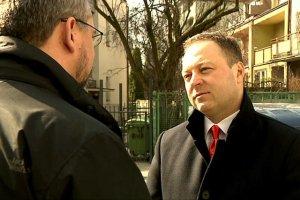 """Redaktor Pobudzin, dawniej w Telewizji Trwam, teraz w TVP, nakręcił dla """"Wiadomości"""" już kilka materiałów o KODzie."""