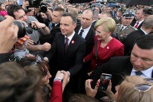 Prezydent Duda podczas obchodów uroczystości 3 Maja w Warszawie.