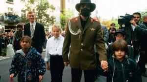 Jackson podczas wizyty w Polsce, w 1996 roku