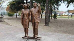 O ile lat była starsza Maria Kaczyńska od swego męża? Odpowiedź może niektórych zaskoczyć.