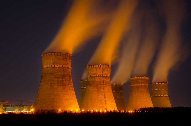W Poznaniu i Wrocławiu wybuchła panika po informacji, że nad nasz kraj nadciąga chmura atomowa.