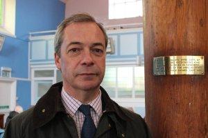 Nigel Farage zrezygnowałz przewodzenia eurosceptykom.