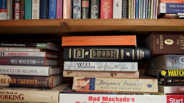 """W Koluszkach najwięcej jest egzemplarzy książek o tajemniczym tytule """"Zanim powiesz tak"""""""