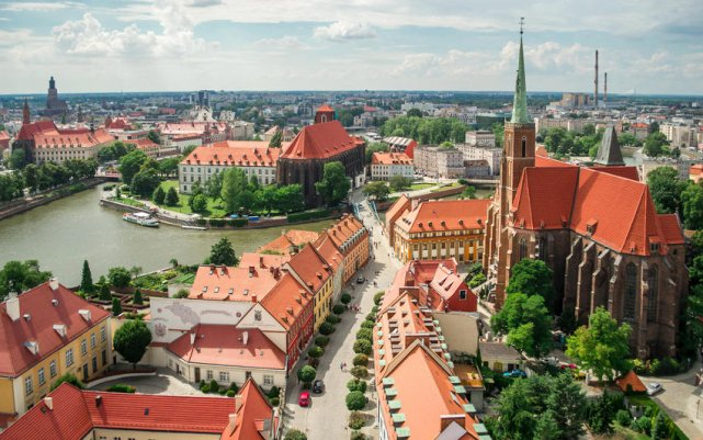 Rynek we Wrocławiu naszpikowany jest zabytkami.
